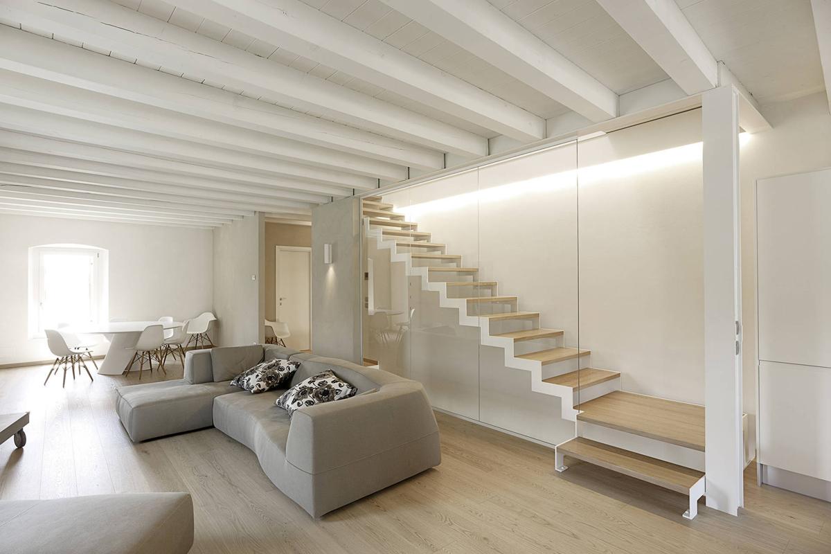 Scale di design modoni for Design di case caraibiche